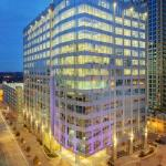 "440 CHURCH STREET OFFICES General Contractor: Bovis Lend Lease Architect: Smallwood, Reynolds, Stewart & Stewart 16 Floors Approx. 124, 600 SQ. FT. Custom Curtain Wall Approx. 3,700 lites ""Low-E"" Glass"